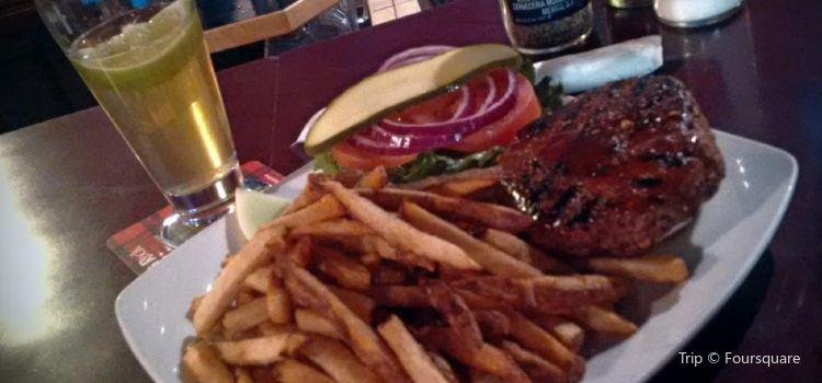 Rose & Crown Restaurant & Pub2