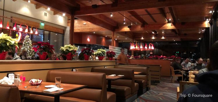 Anthony's Hearthfire Grill - North Point3