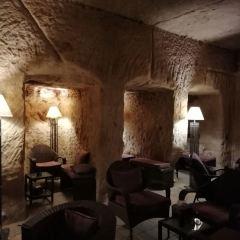 Cave Bar用戶圖片