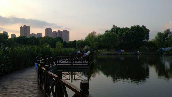 鹽埕區仁愛公園