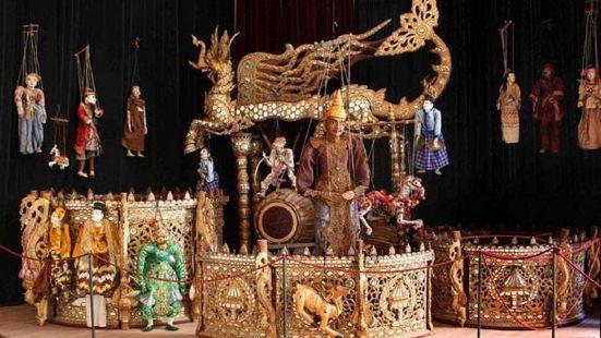 奧格斯堡木偶劇院和博物館