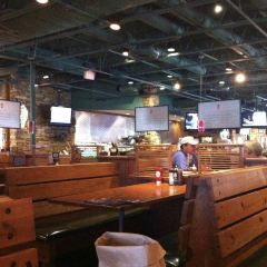 Smokey Bones Bar & Fire Grill User Photo
