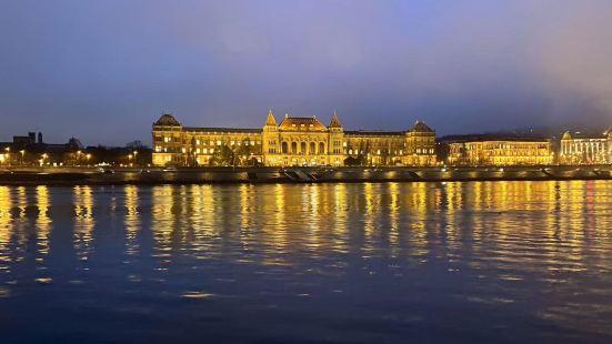 多瑙河宮殿