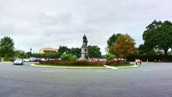 加菲爾德總統雕像