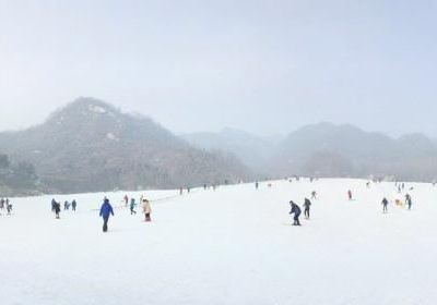 南召猿人山滑雪場