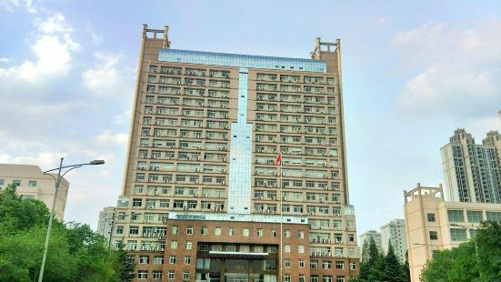 武漢理工大學