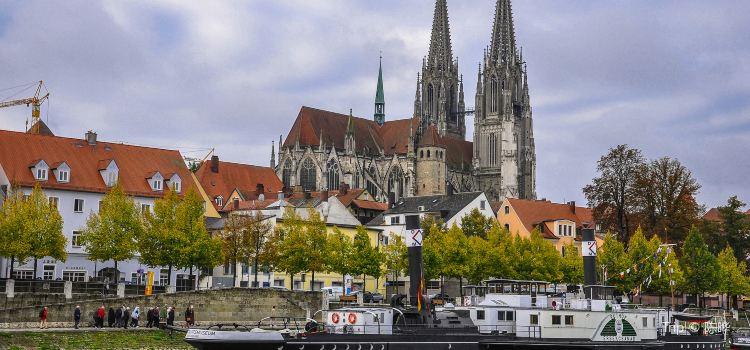 Regensburg Sage Peter Cathedral1