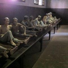 호아로 수용소 여행 사진