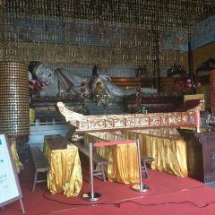 The World's Largest Jade Lying Buddha User Photo