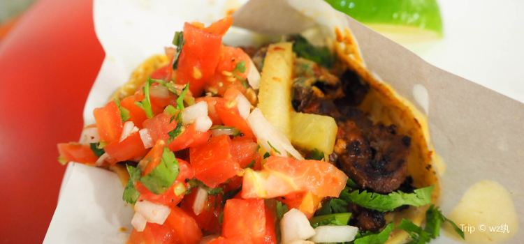 Los Tacos No.11