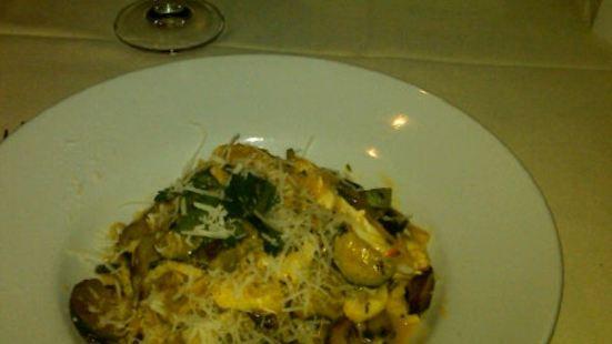 Giovanni Venti Cinque Restaurant