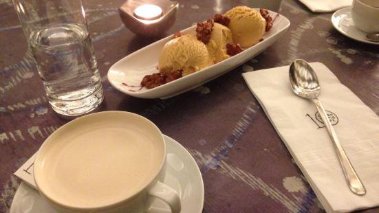 10 Corso Como Cafe
