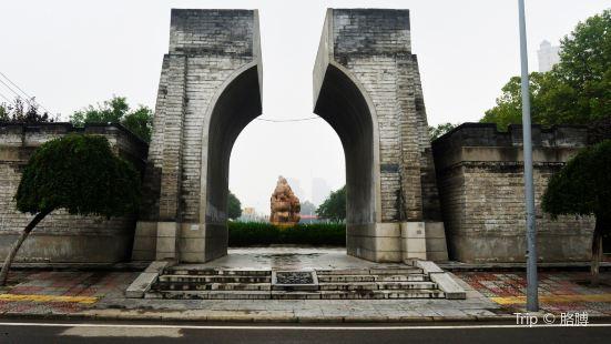 Sculptures of Silk Road