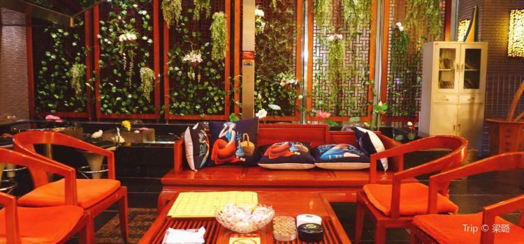 Jun Xiang Yuan ( Ji Da Flagship Store)