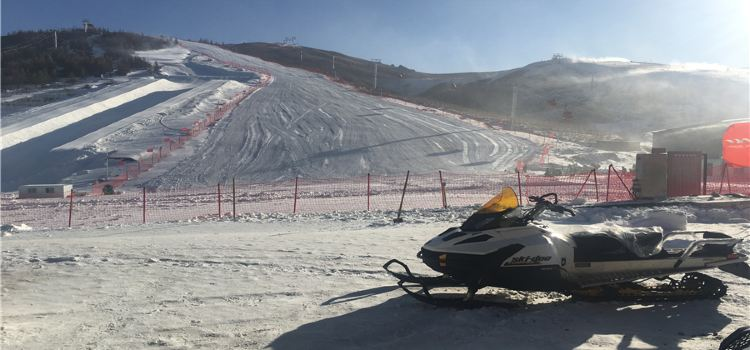 岱海國際滑雪場3