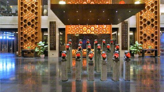 錦元張飛國際酒店周末自助晚餐