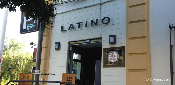 Latino Bar2