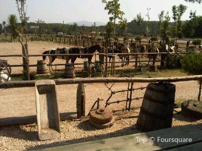 Laren Safari Park
