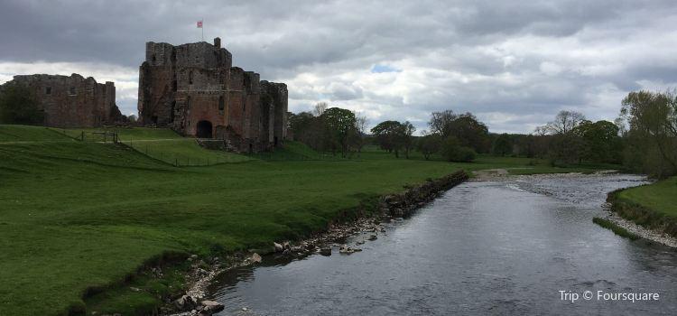 Brougham Castle3