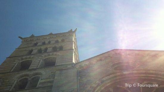 Notre-Dame-du-Réal