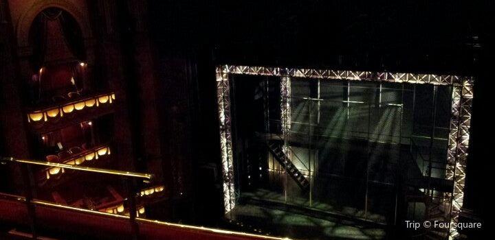 Prince Edward Theatre2