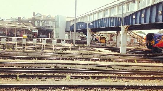 Clapham Junction Rail Station