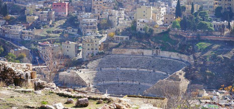 Roman Amphitheater2