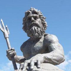 海神波賽東雕塑用戶圖片