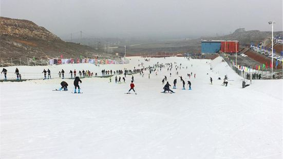 Lvxinchun Ski Resort