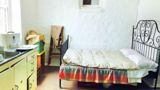 Blundells' Cottage