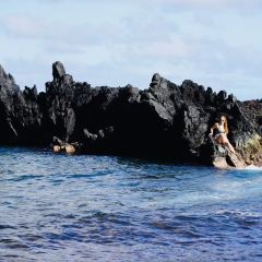Kaihalulu (Red Sand) Beach User Photo