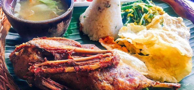 Pundi-Pundi Grill & Asian Cuisine3