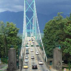 Lions Gate Bridge User Photo