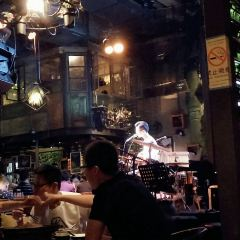 青島花兒胡同音樂酒館用戶圖片