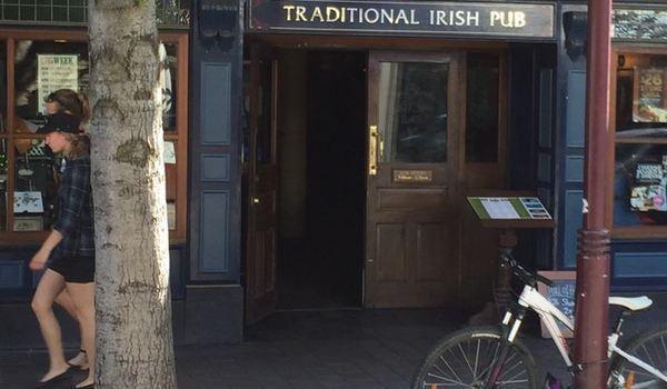 Pog Mahones Irish Pub1