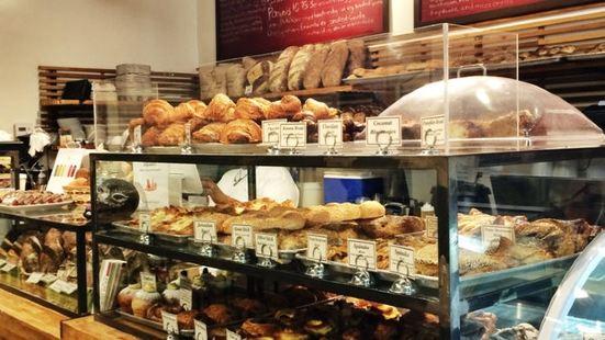 Bread Lounge
