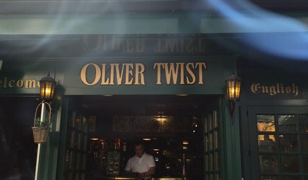 Oliver Twist Pub1
