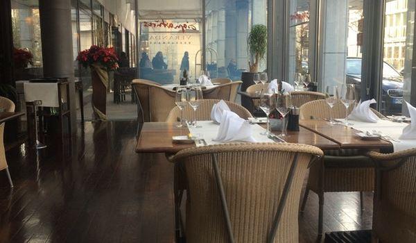 Signatures Veranda Restaurant3
