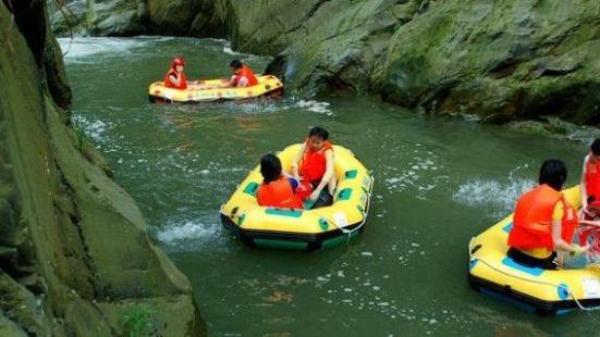 龍潭湖漂流