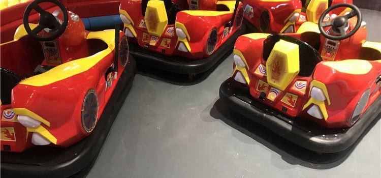 Running Car Land1