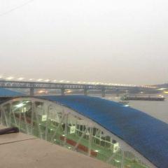 Wuhan Liangjiang Tour (Night Tour Yangtze River) User Photo