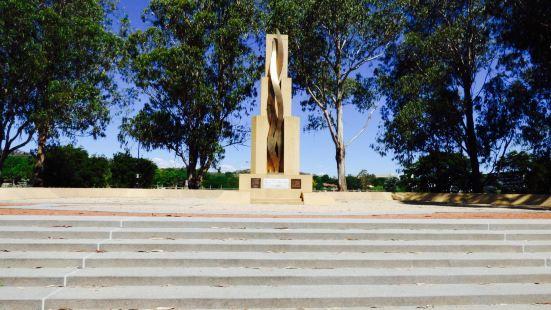托布魯克戰鼠紀念碑