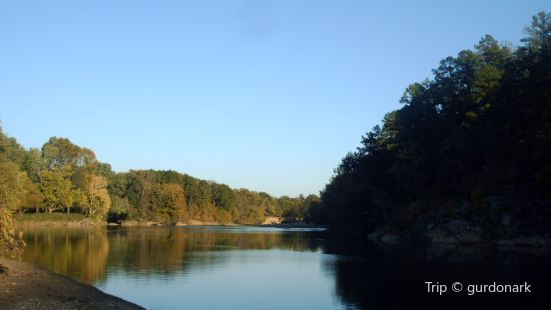 Glover River