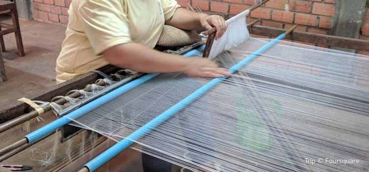 Angkor Silk Farm1