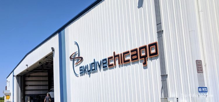 Skydive Chicago2