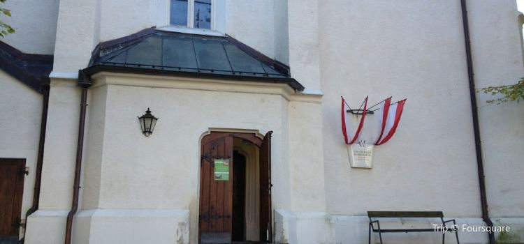 Grinzinger Pfarrkirche2