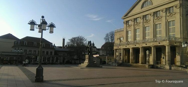 Theaterplatz1