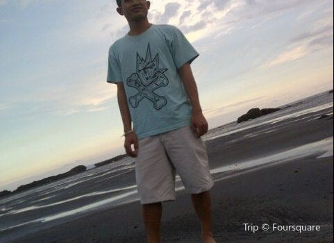 Nyanyi Beach3