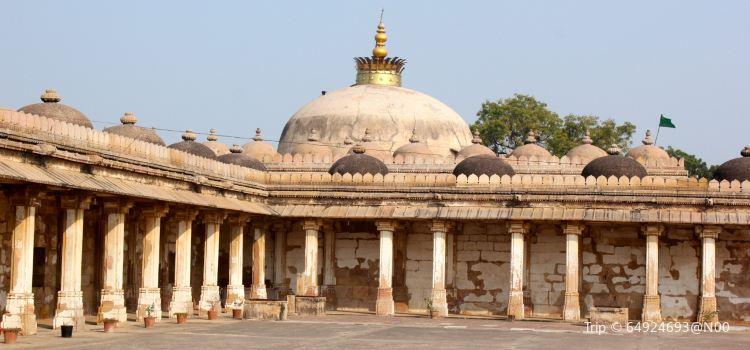 The Golden Mosque1