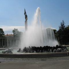 Heldendenkmal der Roten Armee User Photo